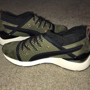 0fccd366f618 Puma Shoes - PUMA Pearl VR Women Sportstyle Shoes